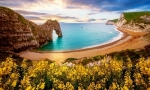 Wonderful Beaches Themepack for Windows 10